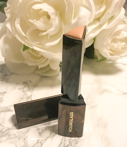 Hourglass Vanish Foundation Review